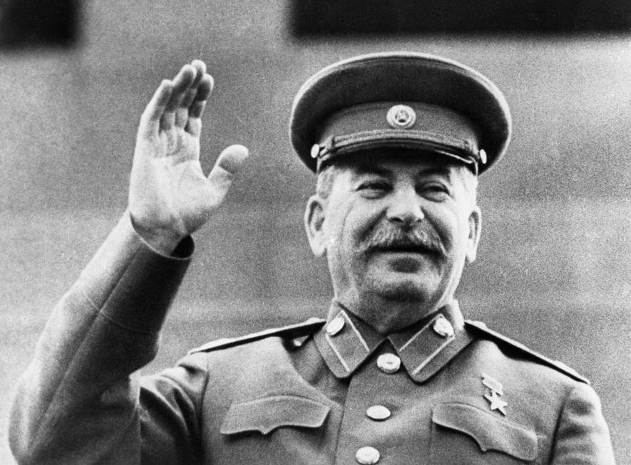 Fotograma de una película propagandística soviética que muestra a Stalin en 1946.