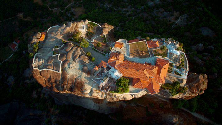 Los monasterios de Meteora: difíciles de ver desde el suelo, asombrosos desde el aire