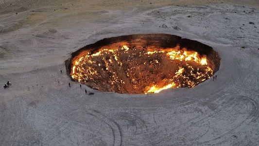 """Te mostramos el interior de la """"Puerta al Infierno"""" de Turkmenistán"""