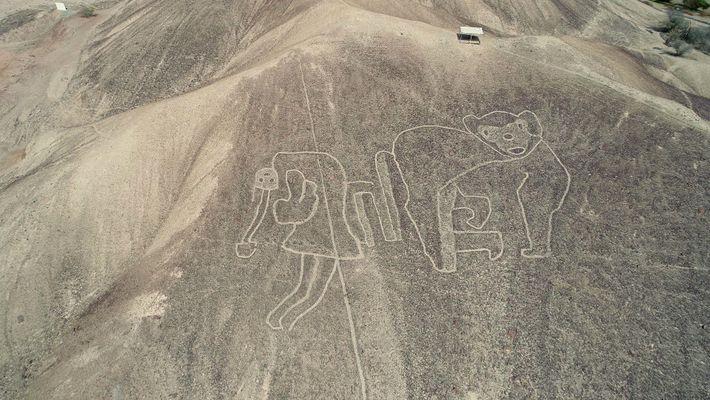 Recorre las misteriosas líneas de Nazca del desierto peruano