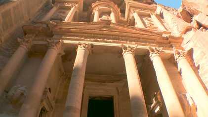 Visita los impresionantes monumentos de Petra