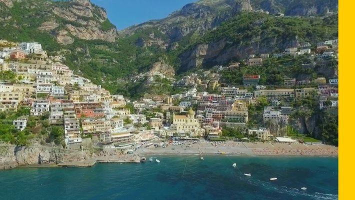 Viaja a la hermosa costa Amalfitana de Italia