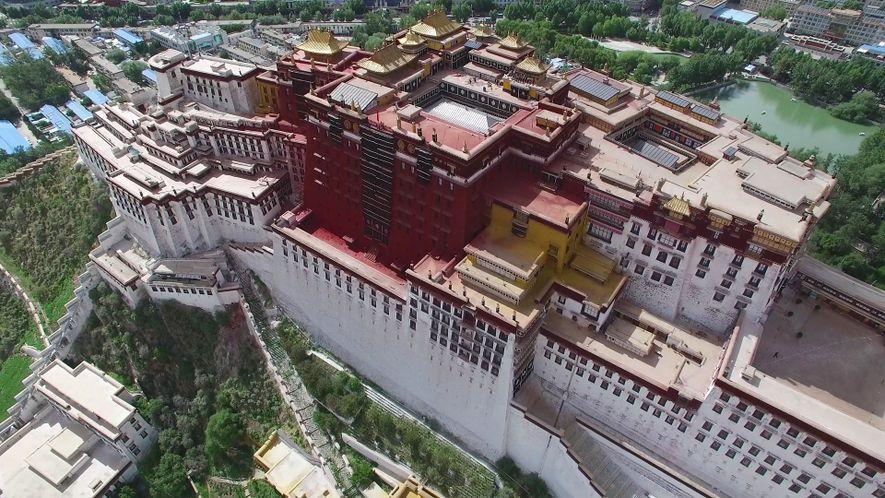 Contempla el palacio de Potala, el corazón del budismo tibetano