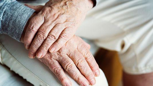 Un análisis de sangre para detectar el Alzheimer 16 años antes de sus síntomas