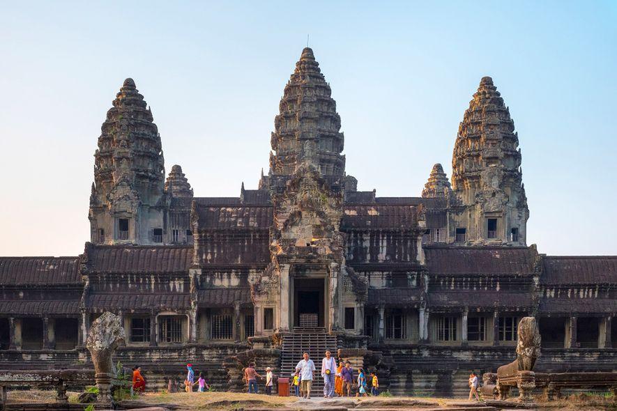 Angkor Wat es una obra maestra arquitectónica y el templo más icónico de Camboya.