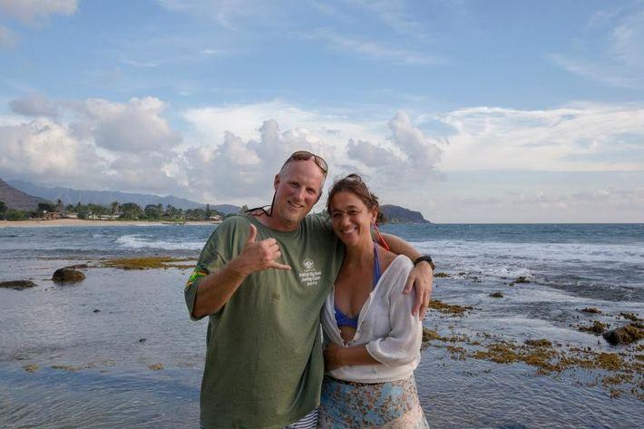 Mittermeier y Nicklen en Makaha Beach
