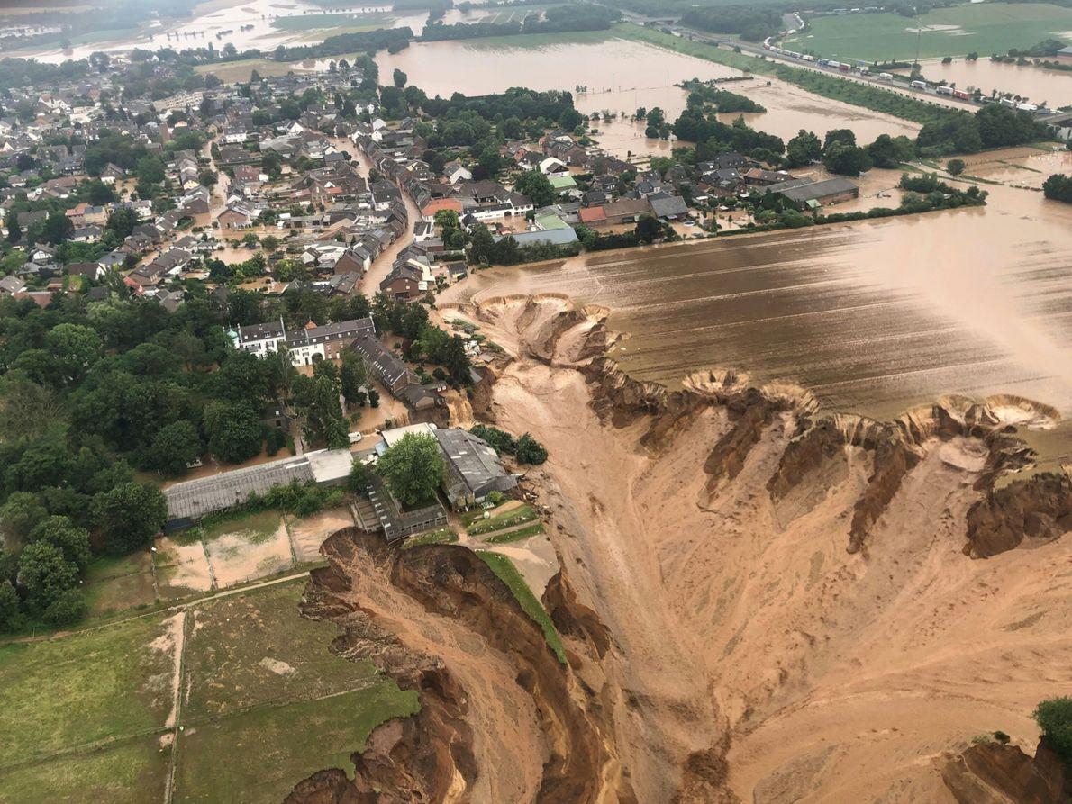 Inundaciones en el pueblo de Erftstadt-Blessem