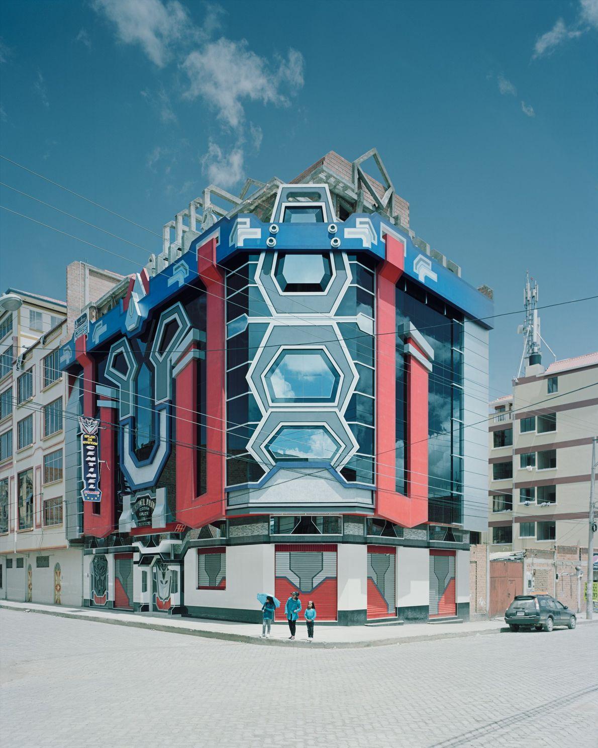 Los diseños futuristas de Mamani