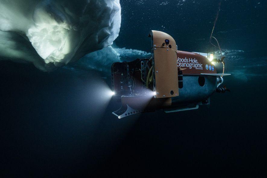 El sumergible Nereid Under Ice empieza a explorar las aguas árticas cubiertas de hielo en la ...