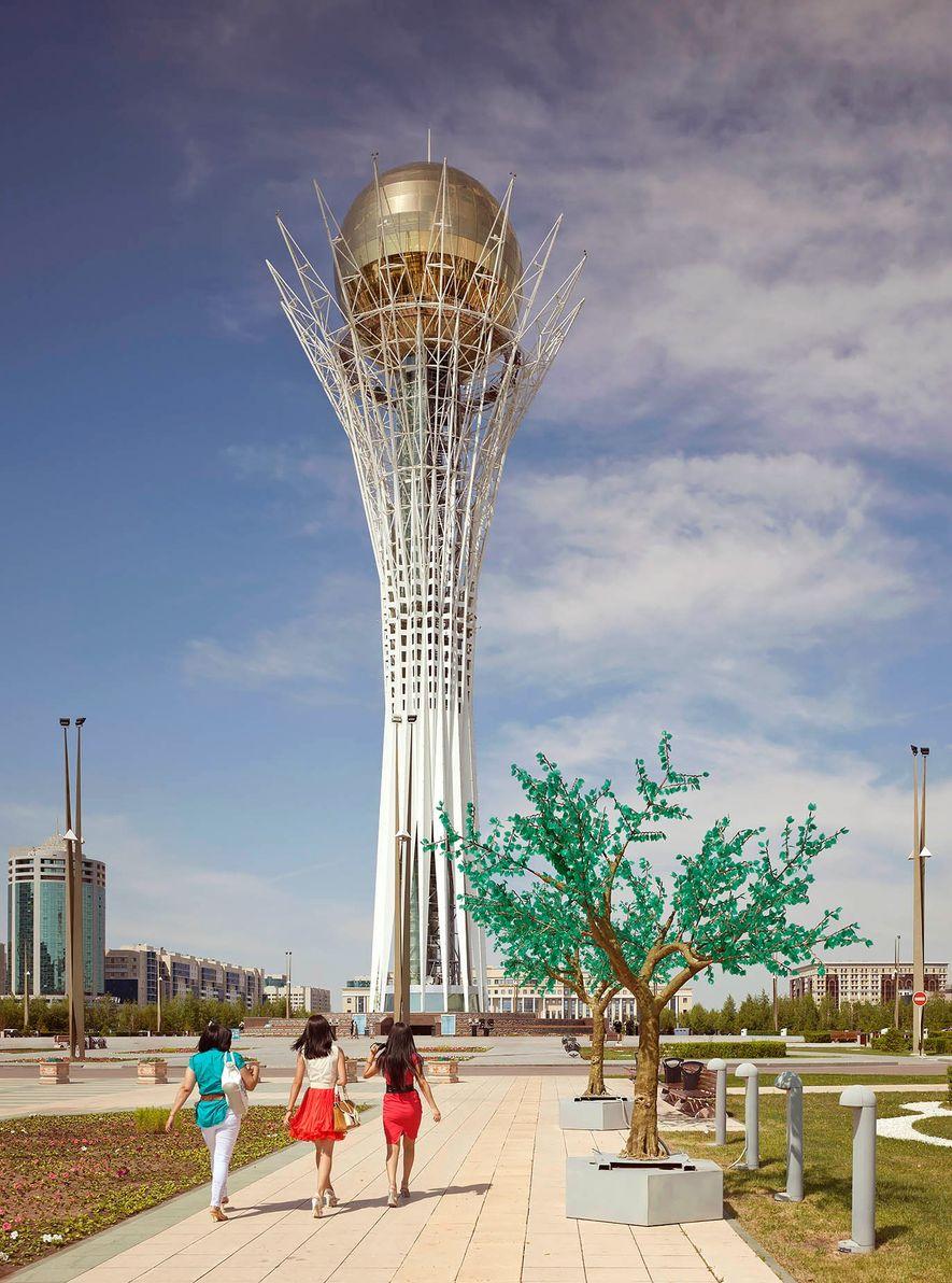 Astana, Kazajistán. Torre Bajterek (2002)