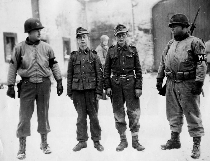Los efectivos aliados se dieron cuenta de que los alemanes estaban desesperados cuando empezaron a capturar ...