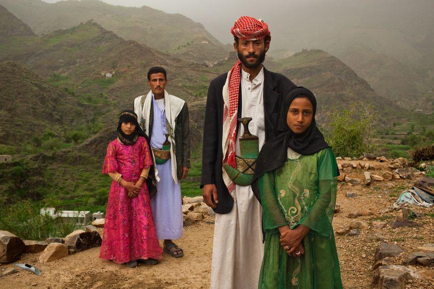 Hajjah, Yemen.   La fotógrafa Stephanie Sinclair explora en su proyecto fotográfico «Too Young to Wed» la ...