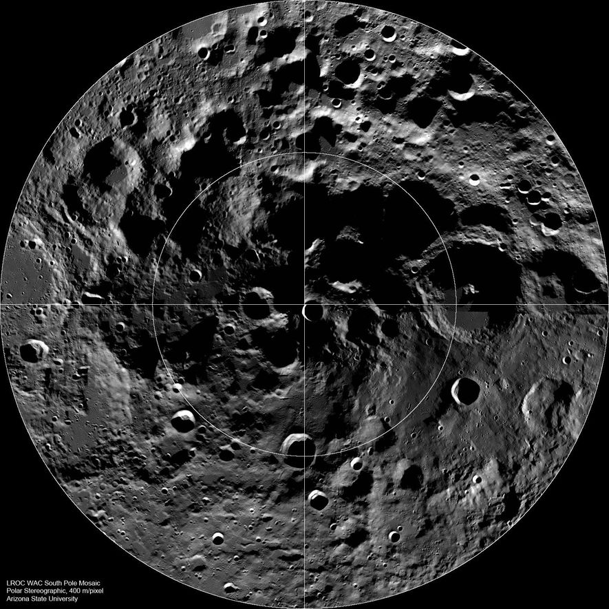 Mosaico del Lunar Reconnaissance Orbiter