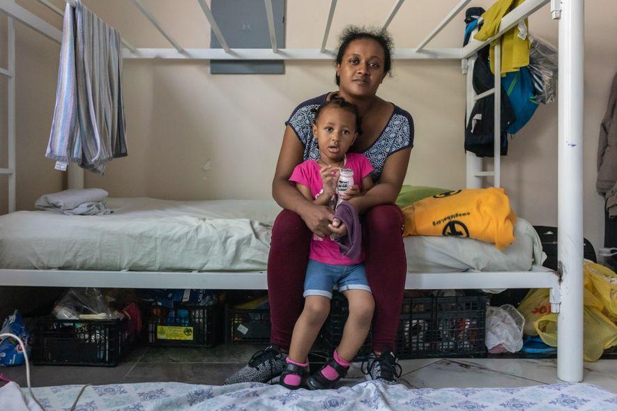 Samrwt Tesfey y su hija Malhri