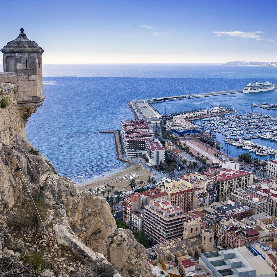 Cinco castillos medievales que puedes visitar en Alicante