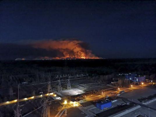 Un incendio amenaza los depósitos de residuos nucleares de Chernóbil