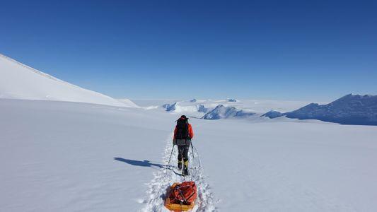 Colin O'Brady se prepara para una travesía en solitario por la Antártida
