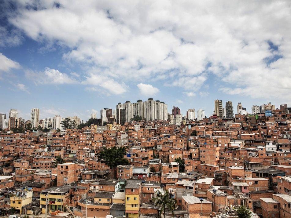 Las favelas de São Paulo se están quedando sin comida, pero estas mujeres han intervenido