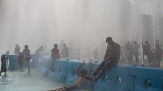 Con la llegada del verano, ¿cómo se protegerán las personas más vulnerables de las olas de ...