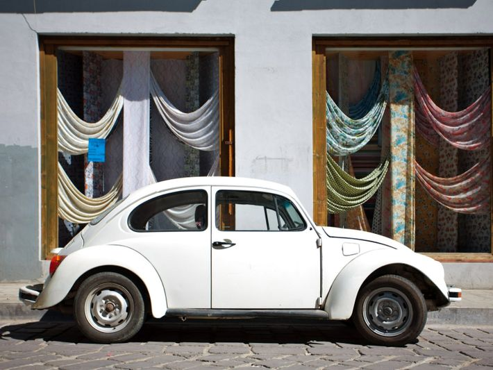 Volkswagen Escarabajo blanco