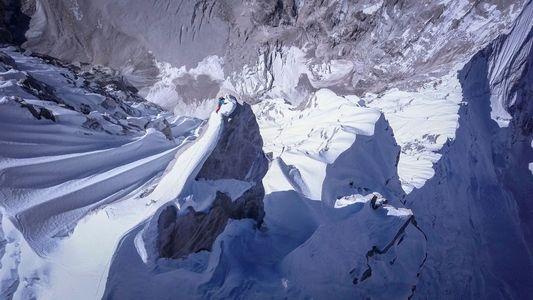 Así logró David Lama encumbrar en solitario un pico no escalado