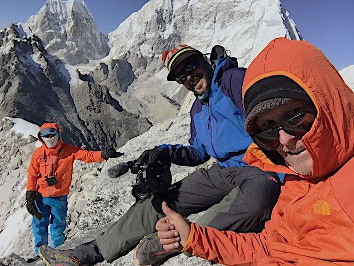 Conrad Anker, Martin Hanslmayr y Lama