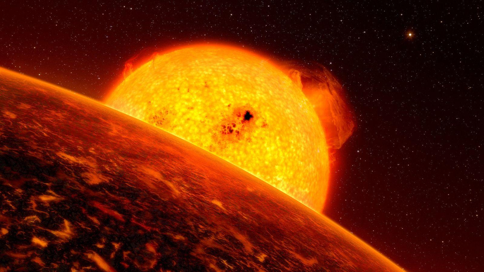 Un exoplaneta orbita su estrella
