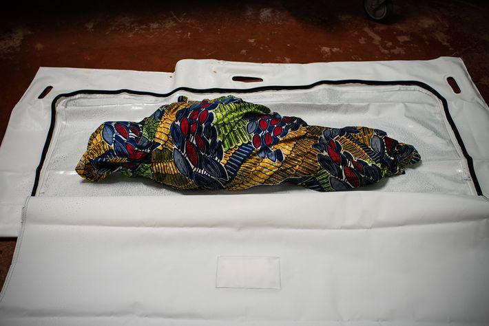Cadáver de una niña