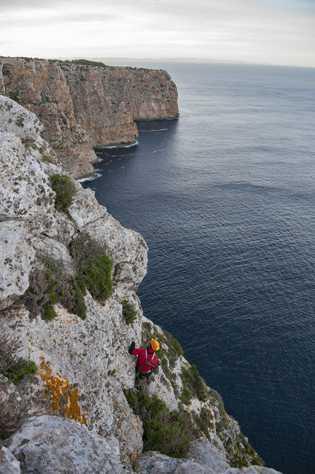 Genoma humano más antiguo Islas Baleares 03