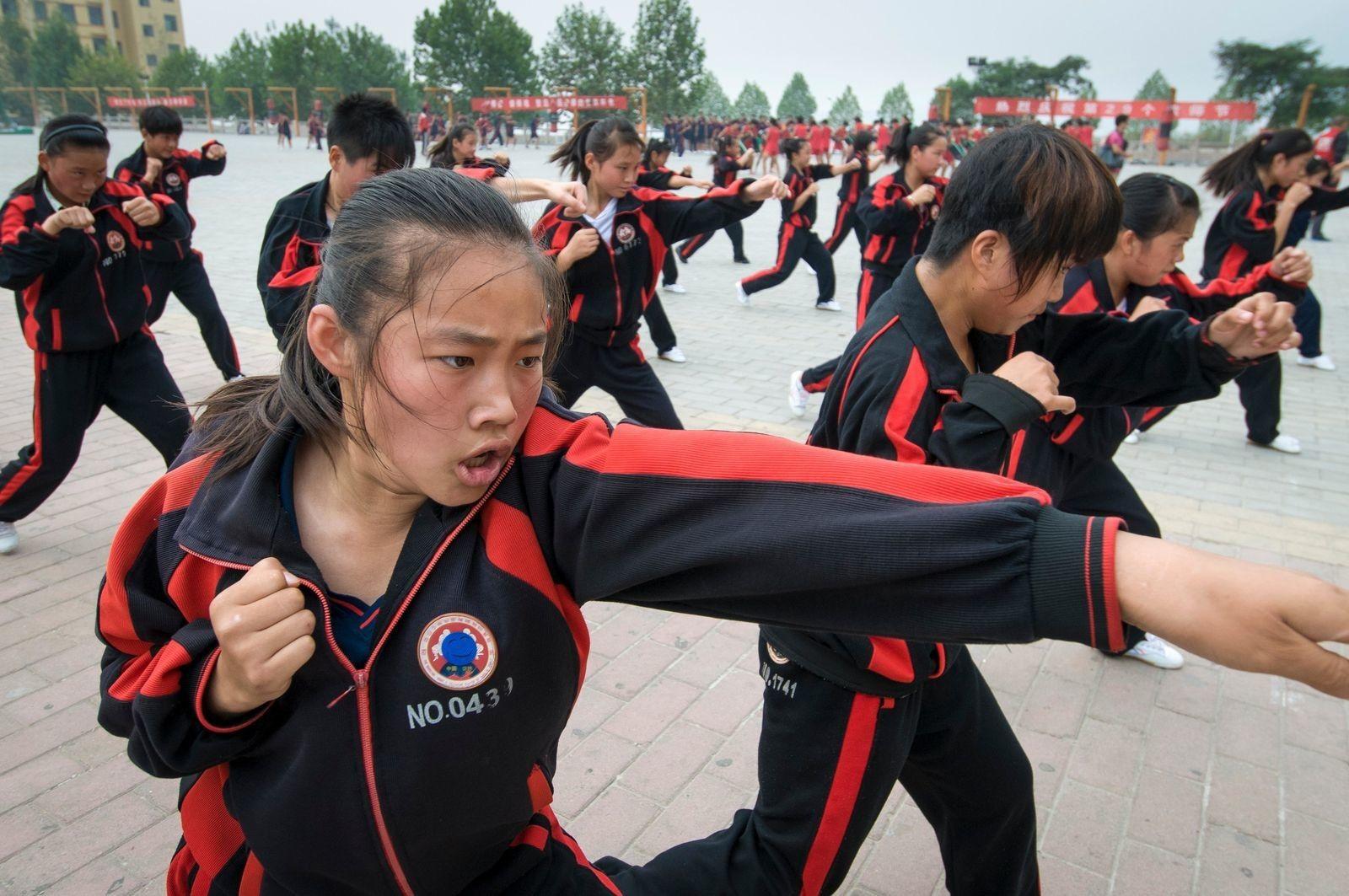 Alumnas de kung-fu