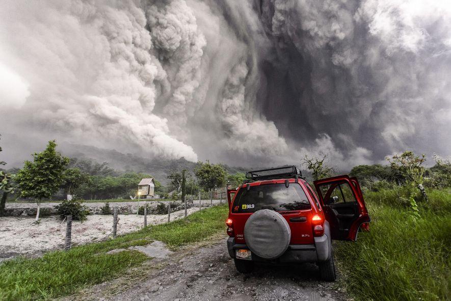 En julio de 2015, un enorme flujo piroclástico descendió del volcán de Colima. De repente, tras una semana de actividad elevada, el volcán se quedó en silencio.