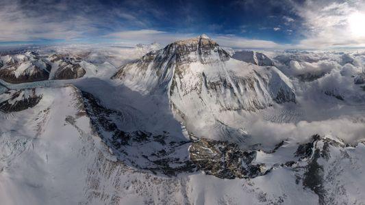Un dron captura imágenes excepcionales del Everest