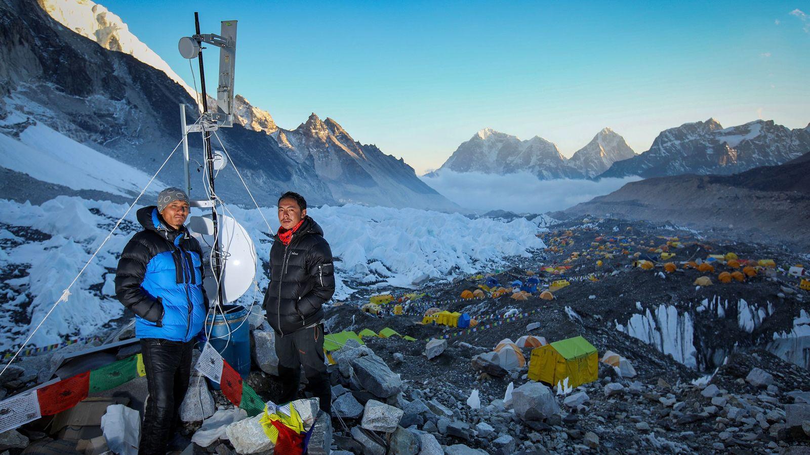 Suresh Lama y Pasang Wongde