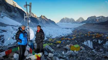 Conoce al sherpa que llevó el wifi al Everest