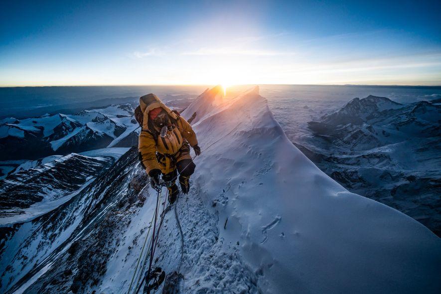 Cierran el acceso al Everest por el COVID-19