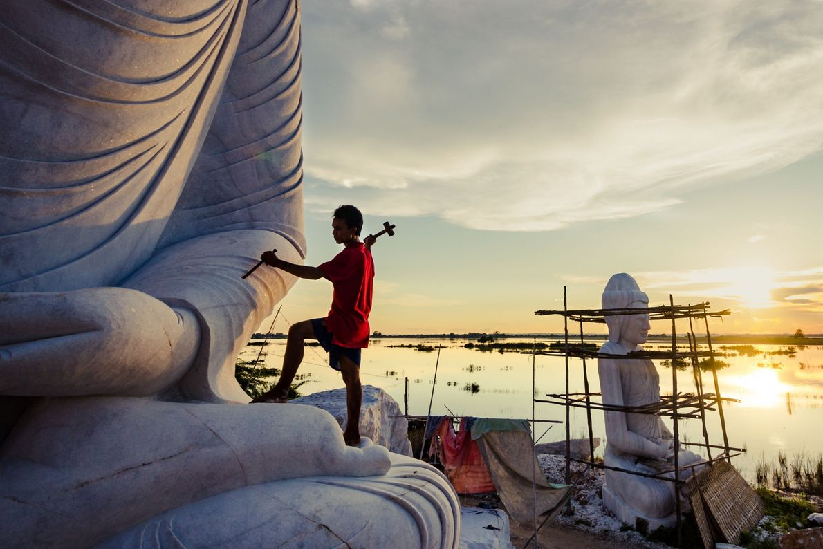 La escultura de Buda