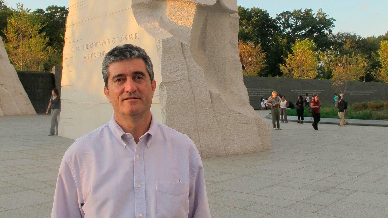 El periodista Guillermo Fesser (Madrid, 1960) fue durante años una de las voces del dúo Gomaespuma. ...