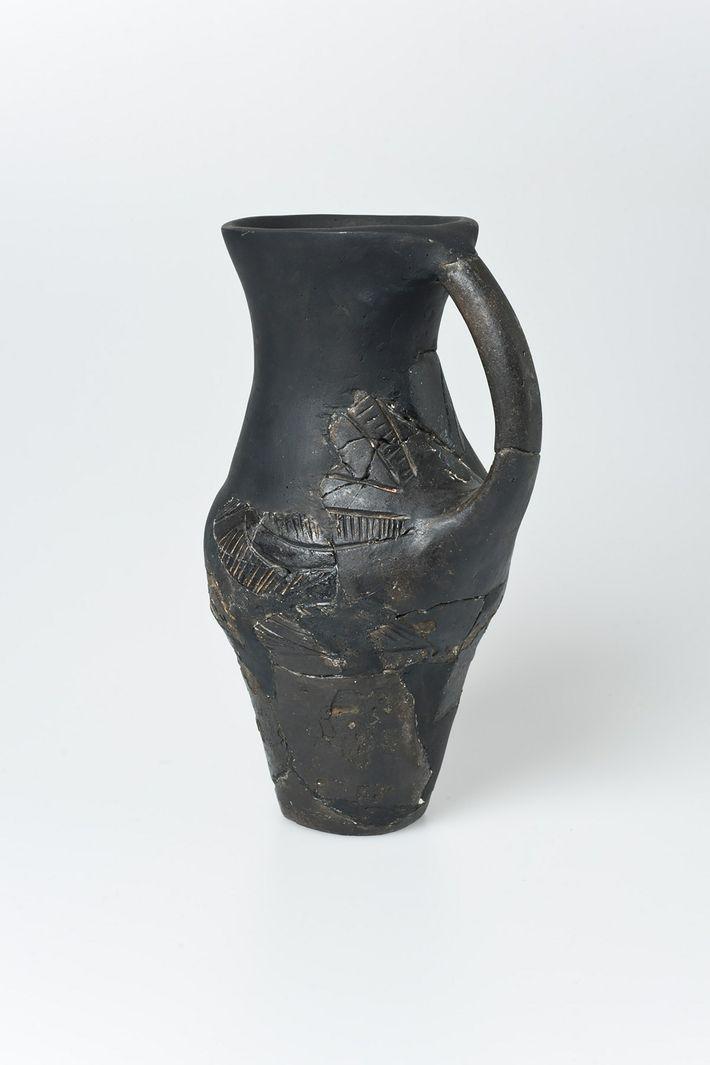 Jarra de cerámica de la cultura Lasinja