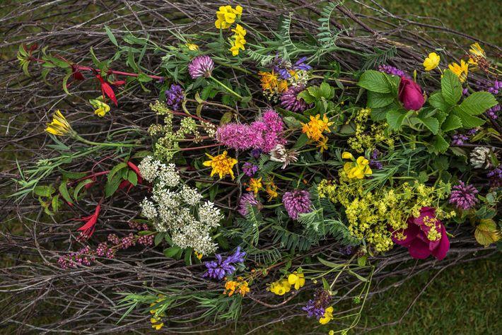 Flores de una boda pagana
