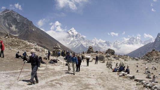 Se desata un brote de gripe cerca del campamento base del Everest