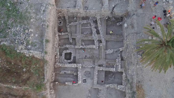 Tumbas de la Edad del Bronce en Megido