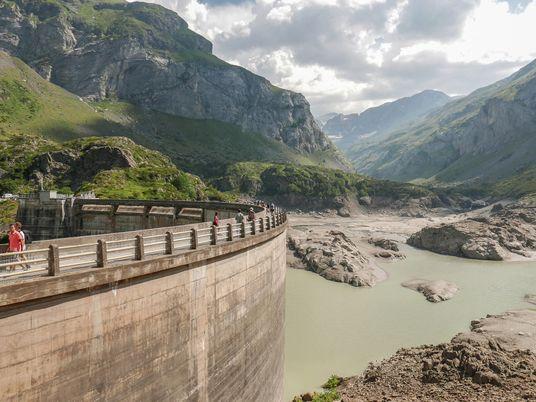 Los ríos europeos están llenos de barreras artificiales, pero cada vez hay más partidarios de retirarlas