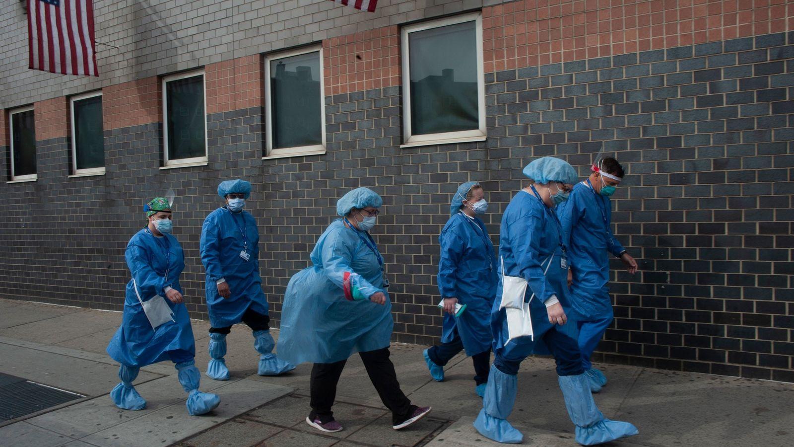 Trabajadores sanitarios