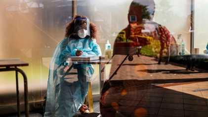 Por qué necesitamos dosis de refuerzo contra las variantes para poner fin a la pandemia