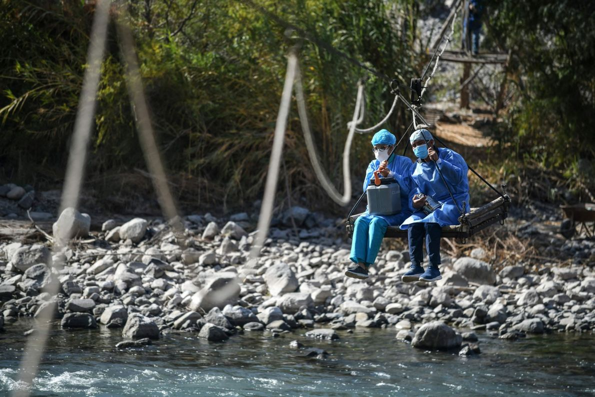 Cruzando ríos con las vacunas contra la COVID-19