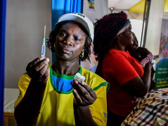 'Momento histórico': por qué la OMS aprueba ahora la primera vacuna contra la malaria