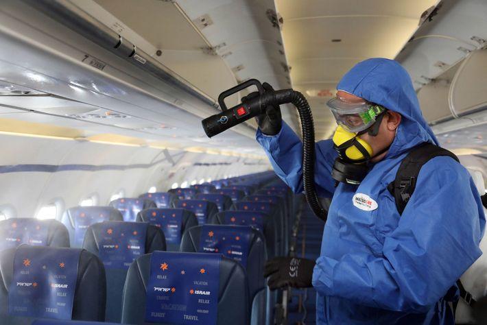 Desinfección de un avión