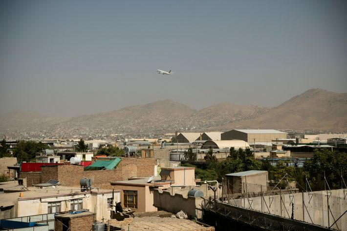 Últimos aviones comerciales desde Kabul