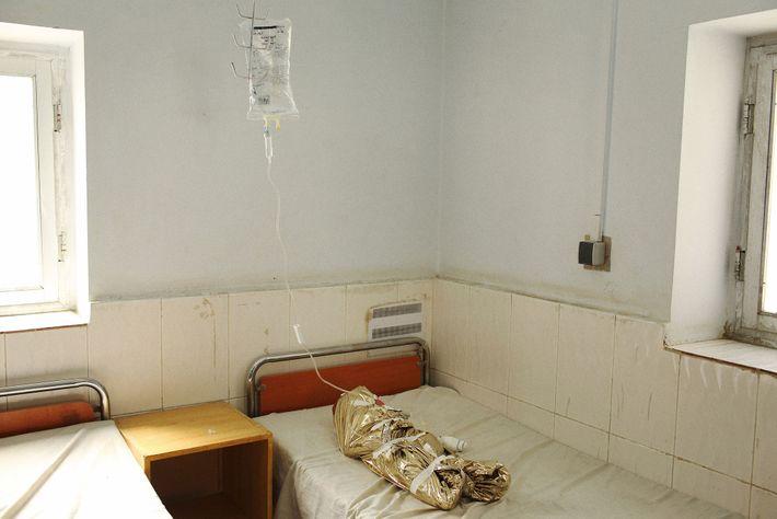 Niña en el hospital, Afganistán