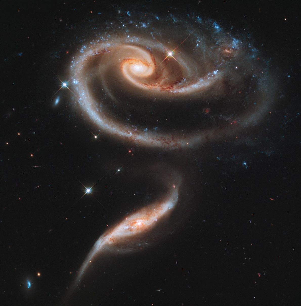 Galaxias Arp 273